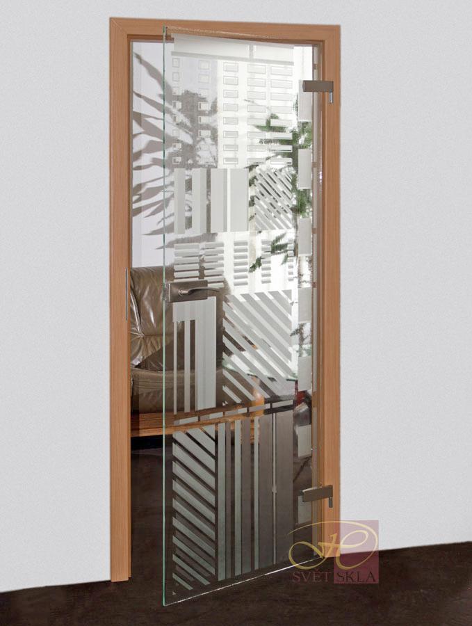 stria skleněné dveře