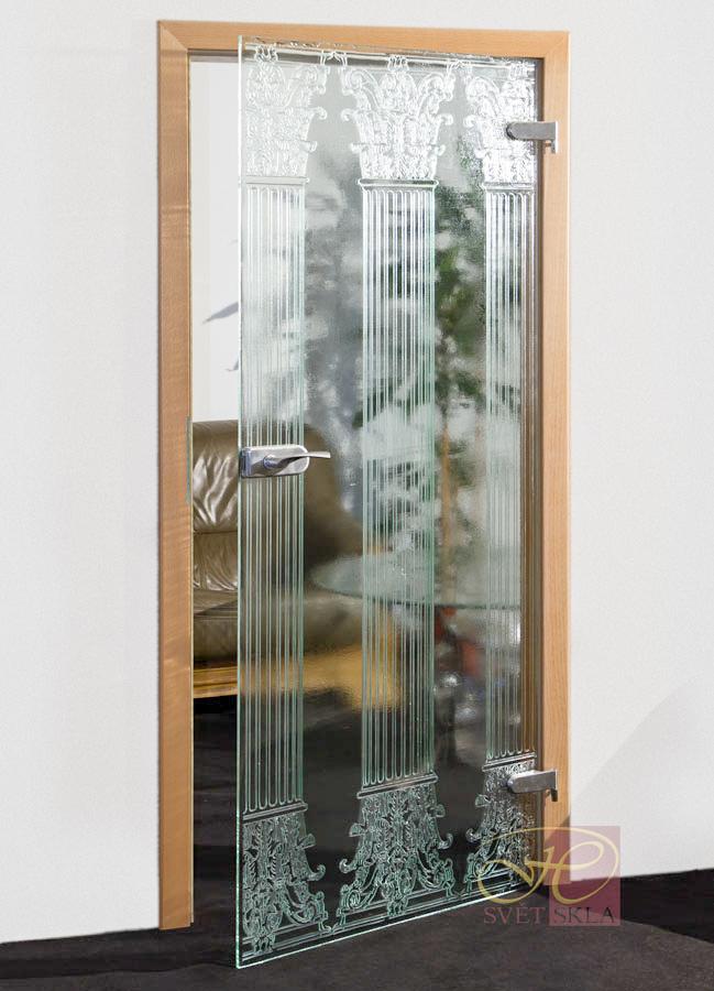 corinthus skleněné dveře